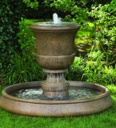 32 inches Cento Urn On Classic Pool Fountain