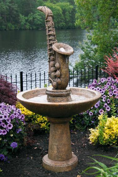 61 inches Saxophone Fountain