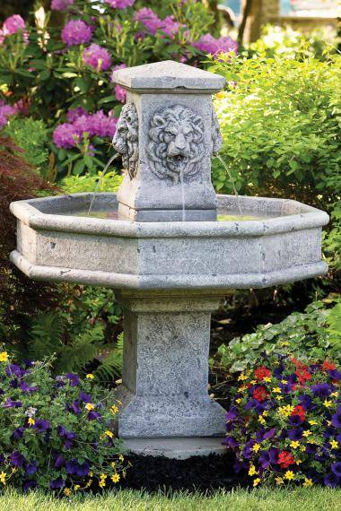 Lion Square Fountain