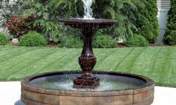 One Tier Savona Fountain with Surround and 8' Fiberglass Pool